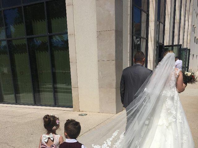 Le mariage de Di Matteo  et Marianne à Saint-Victoret, Bouches-du-Rhône 5