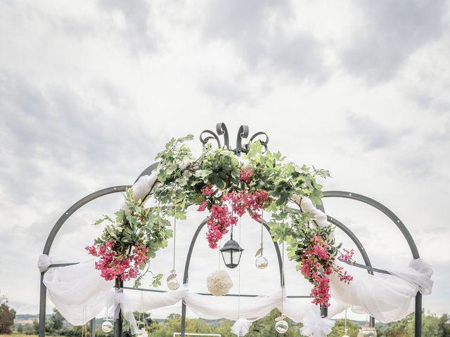 Le mariage de Anthony et Sylvia à Grambois, Vaucluse 5