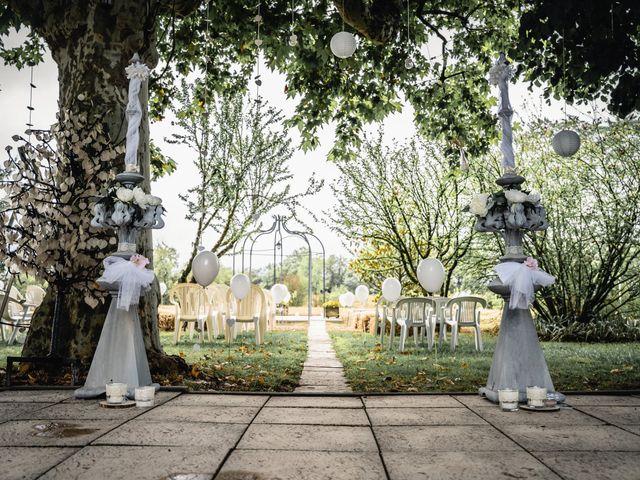 Le mariage de Anthony et Sylvia à Grambois, Vaucluse 2