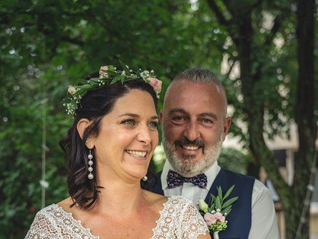 Le mariage de Anthony et Sylvia à Grambois, Vaucluse 23