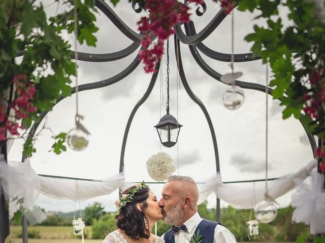 Le mariage de Anthony et Sylvia à Grambois, Vaucluse 31