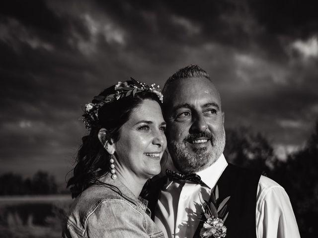 Le mariage de Anthony et Sylvia à Grambois, Vaucluse 35
