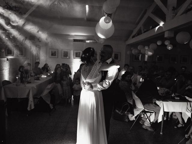 Le mariage de Anthony et Sylvia à Grambois, Vaucluse 40