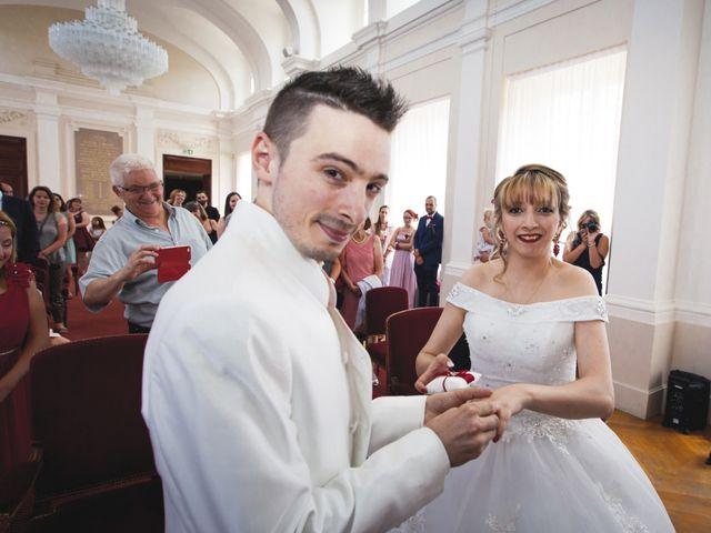 Le mariage de Damien et Radia à Barbey, Seine-et-Marne 21