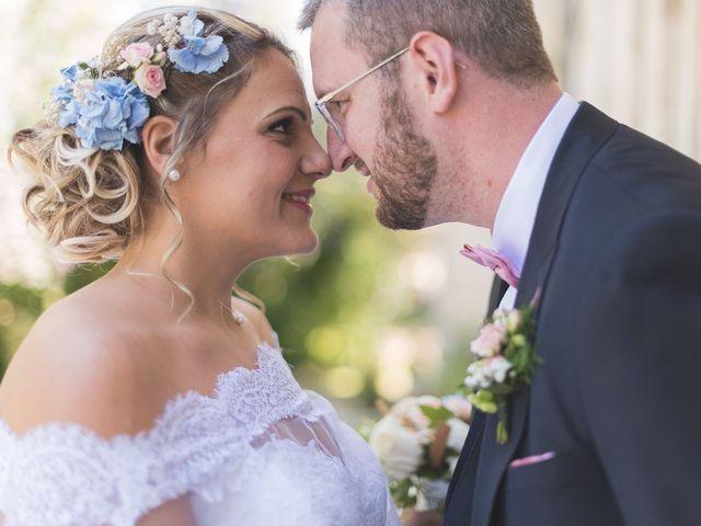 Le mariage de Laurent et Caroline à Neuilly-sous-Clermont, Oise 28