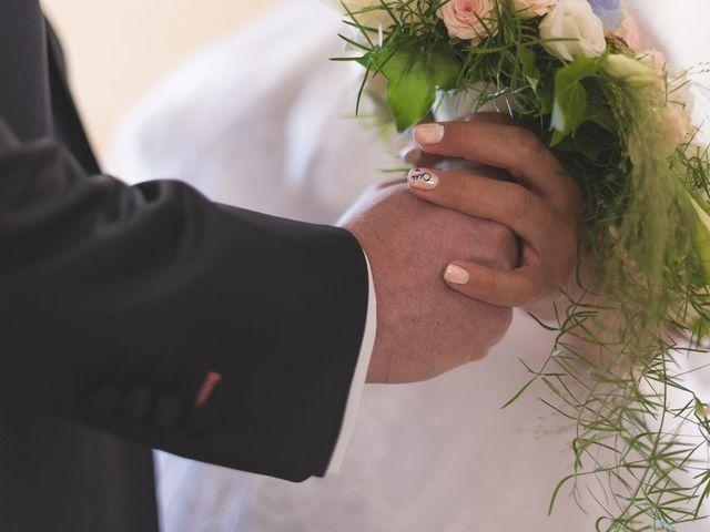 Le mariage de Laurent et Caroline à Neuilly-sous-Clermont, Oise 29