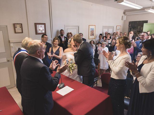 Le mariage de Laurent et Caroline à Neuilly-sous-Clermont, Oise 38