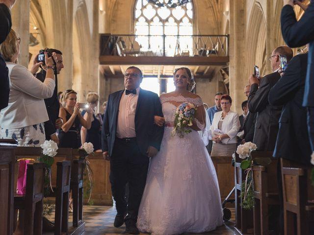 Le mariage de Laurent et Caroline à Neuilly-sous-Clermont, Oise 42