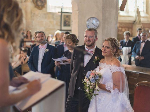 Le mariage de Laurent et Caroline à Neuilly-sous-Clermont, Oise 45