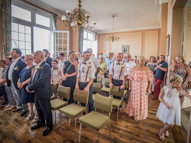Le mariage de Damien et Dorothée à Marcoing, Nord 20