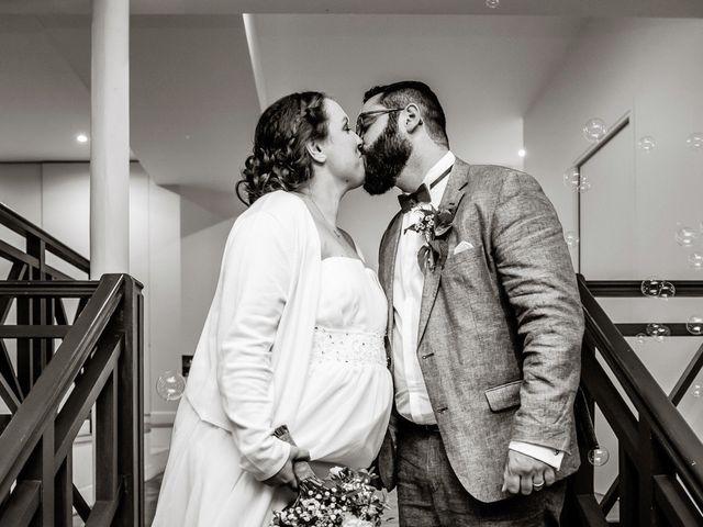 Le mariage de Maxime et Anne Laure à Saint-Rémy-la-Vanne, Seine-et-Marne 15
