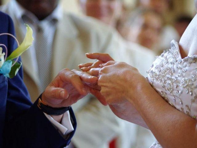 Le mariage de Sylvain et Alexandra à Moon-sur-Elle, Manche 20