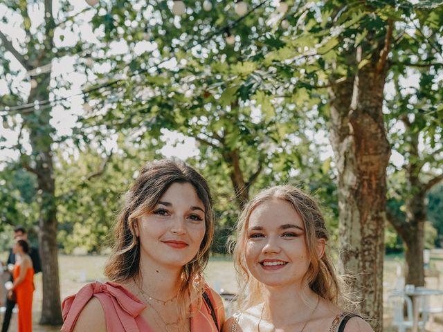 Le mariage de Laurent et Emma à Saint-Clar-de-Rivière, Haute-Garonne 18