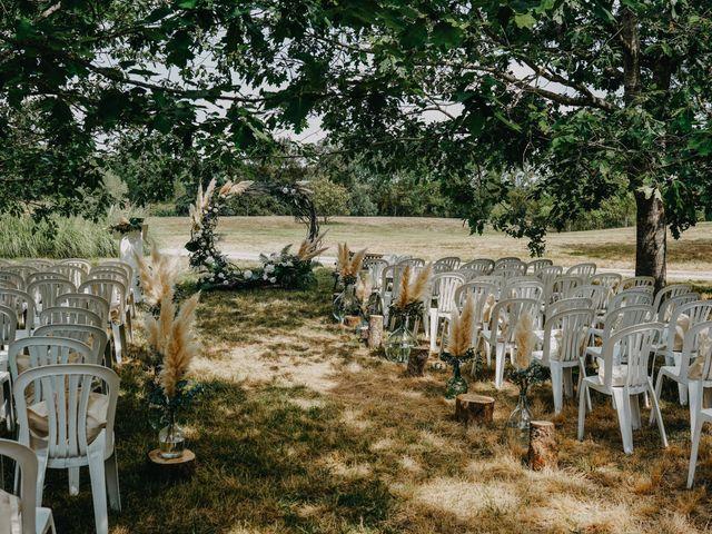 Le mariage de Laurent et Emma à Saint-Clar-de-Rivière, Haute-Garonne 23