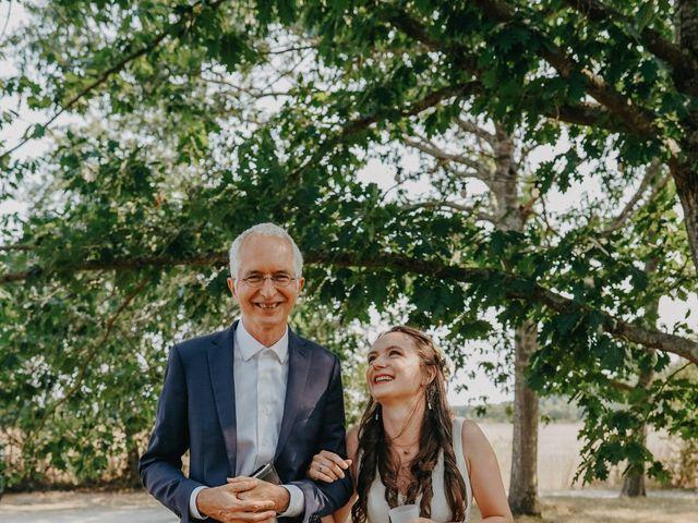 Le mariage de Laurent et Emma à Saint-Clar-de-Rivière, Haute-Garonne 25