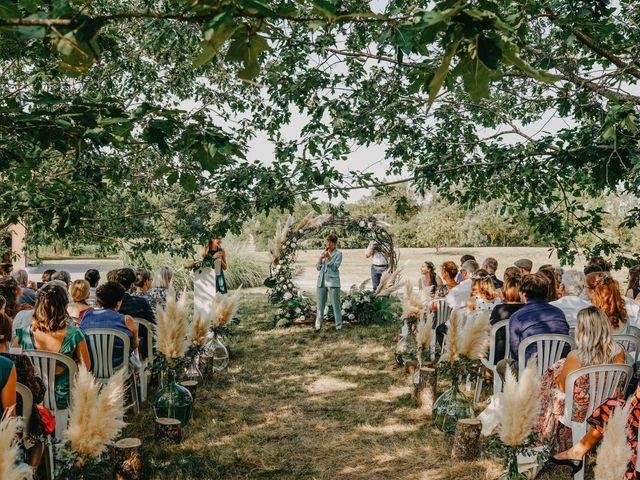 Le mariage de Laurent et Emma à Saint-Clar-de-Rivière, Haute-Garonne 32