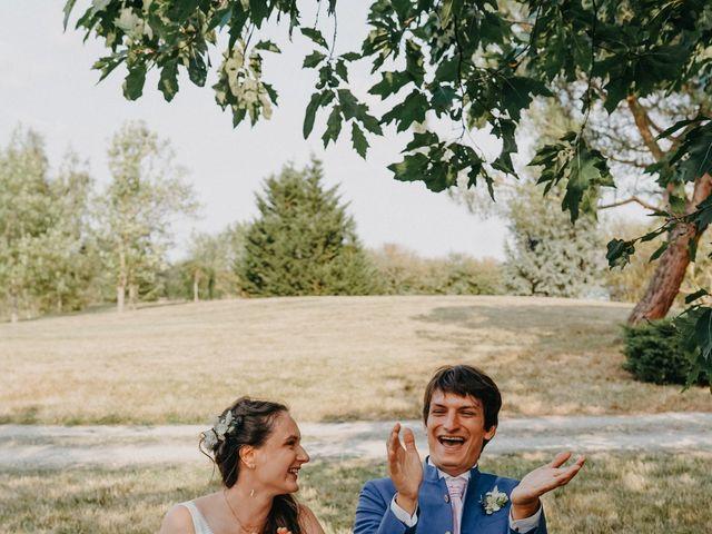 Le mariage de Laurent et Emma à Saint-Clar-de-Rivière, Haute-Garonne 33