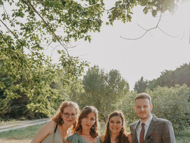 Le mariage de Laurent et Emma à Saint-Clar-de-Rivière, Haute-Garonne 50