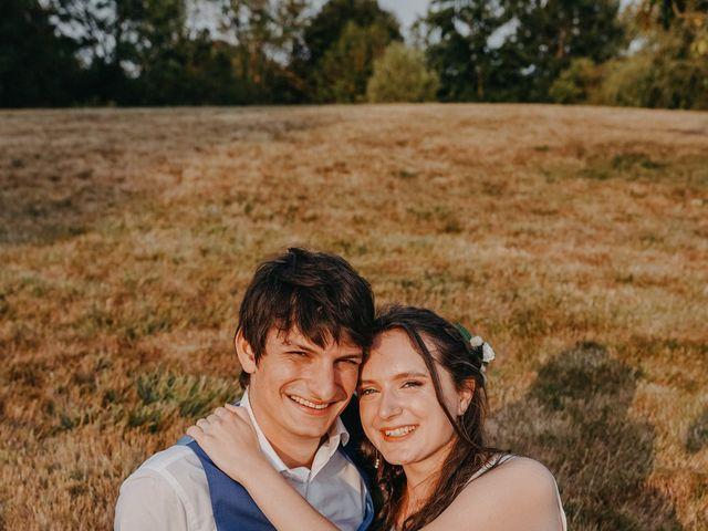 Le mariage de Laurent et Emma à Saint-Clar-de-Rivière, Haute-Garonne 62