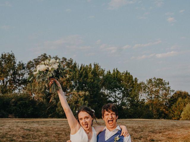 Le mariage de Laurent et Emma à Saint-Clar-de-Rivière, Haute-Garonne 66
