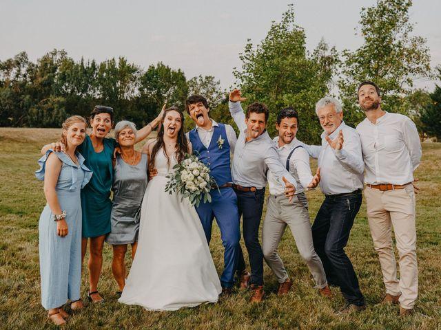 Le mariage de Laurent et Emma à Saint-Clar-de-Rivière, Haute-Garonne 69