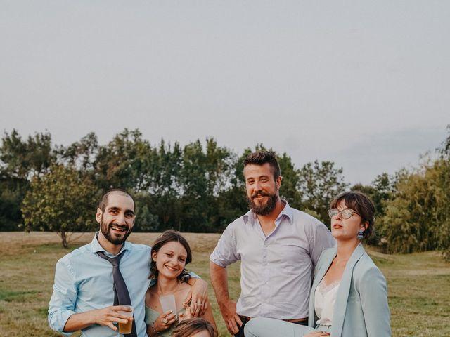 Le mariage de Laurent et Emma à Saint-Clar-de-Rivière, Haute-Garonne 77