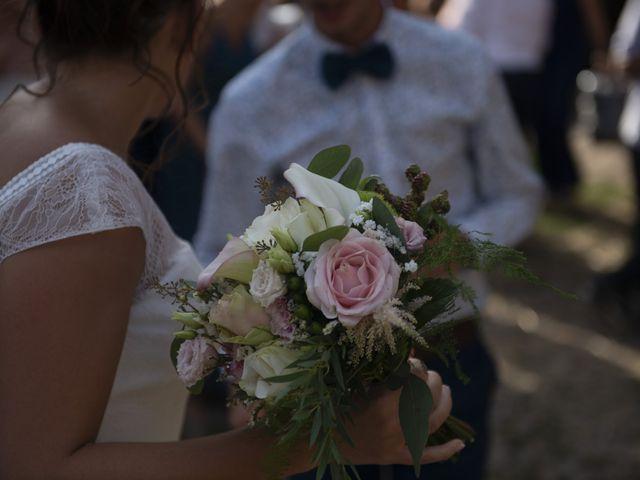 Le mariage de Fabien et Anaïs  à Véranne, Loire 10