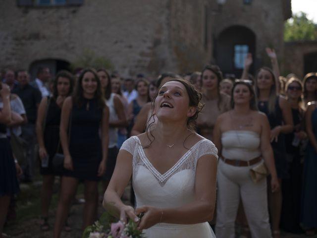 Le mariage de Fabien et Anaïs  à Véranne, Loire 12