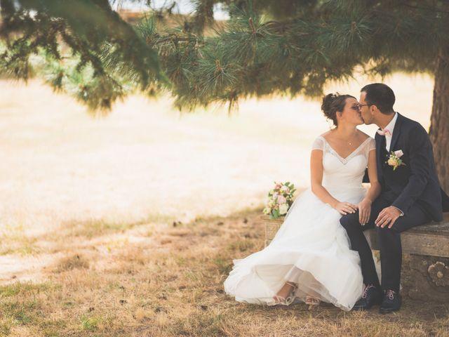 Le mariage de Fabien et Anaïs  à Véranne, Loire 28