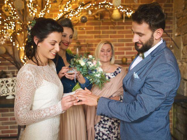 Le mariage de Baptiste et Rose à Concarneau, Finistère 4