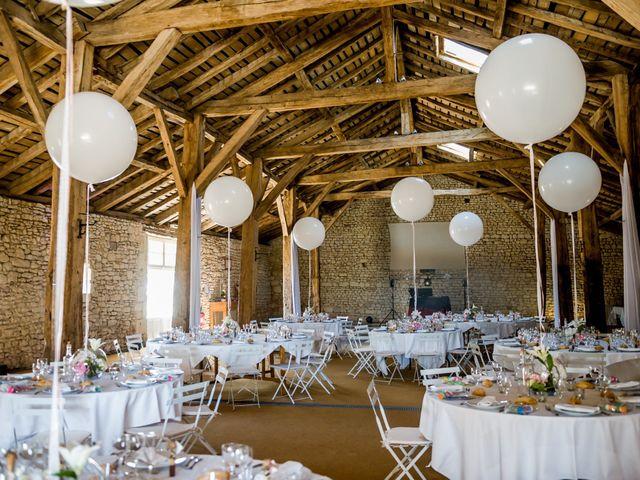 Le mariage de Mehdi et Julie à Ruelle-sur-Touvre, Charente 33