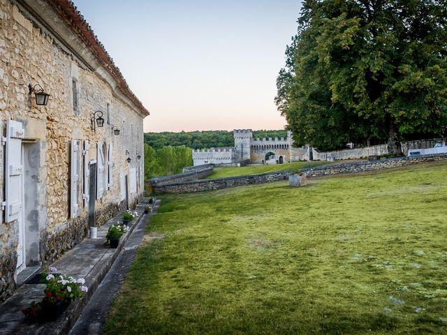 Le mariage de Mehdi et Julie à Ruelle-sur-Touvre, Charente 44