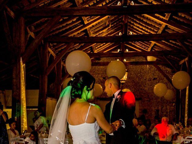 Le mariage de Mehdi et Julie à Ruelle-sur-Touvre, Charente 87