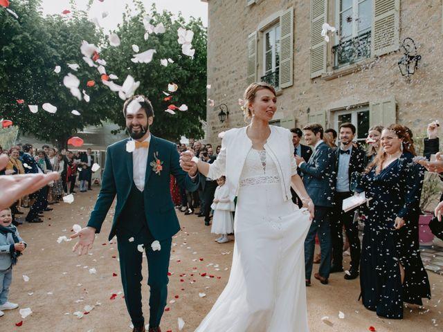 Le mariage de Clovis  et Chloé à Beaujeu, Rhône 1
