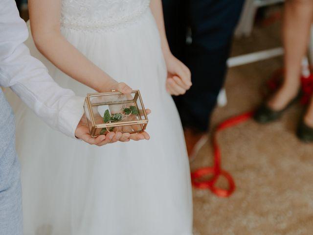 Le mariage de Clovis  et Chloé à Beaujeu, Rhône 16