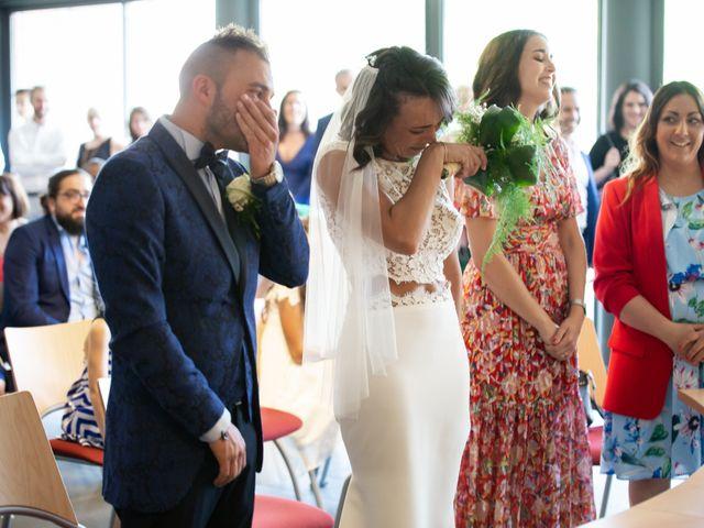 Le mariage de Gilles et Julie à Les-Pennes-Mirabeau, Bouches-du-Rhône 23