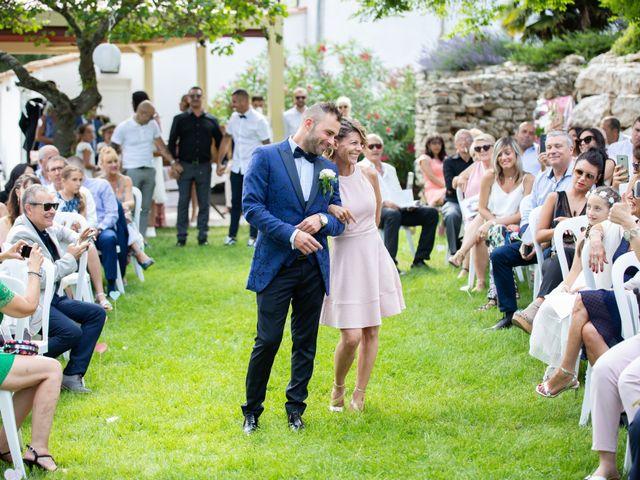 Le mariage de Gilles et Julie à Les-Pennes-Mirabeau, Bouches-du-Rhône 32