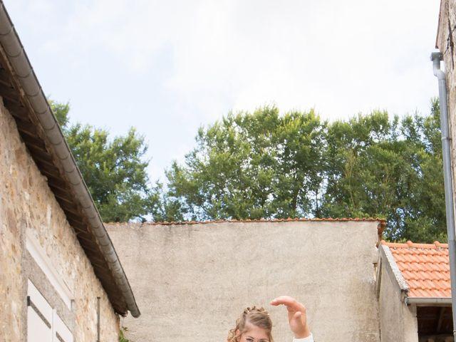 Le mariage de Remi et Gaëlle à Rozet-Saint-Albin, Aisne 33