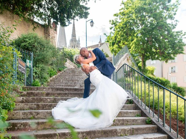 Le mariage de Garry et Sophie à Chartres, Eure-et-Loir 56