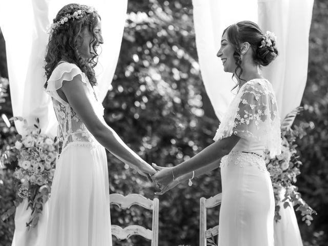 Le mariage de Clara et Laura à Fontenay-Trésigny, Seine-et-Marne 77