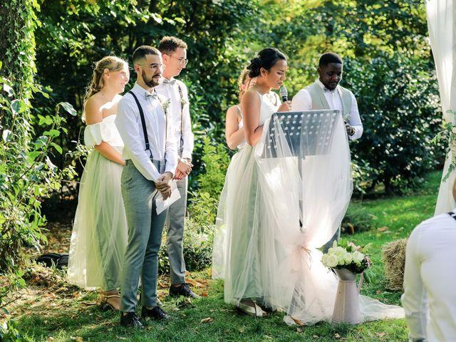 Le mariage de Clara et Laura à Fontenay-Trésigny, Seine-et-Marne 95