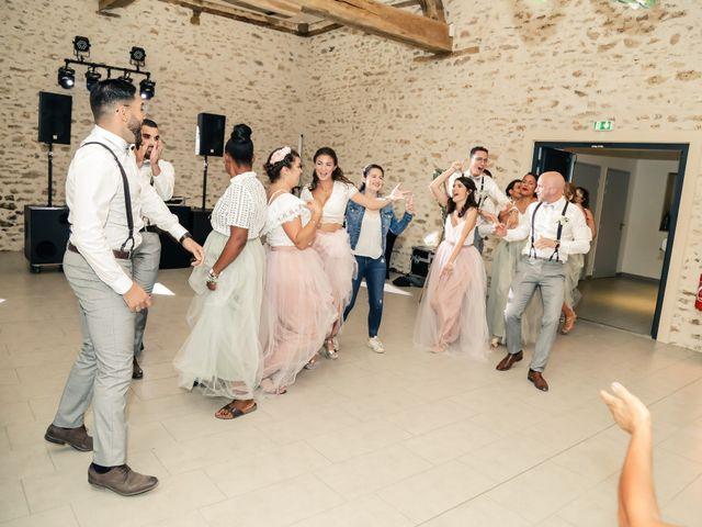Le mariage de Clara et Laura à Fontenay-Trésigny, Seine-et-Marne 186
