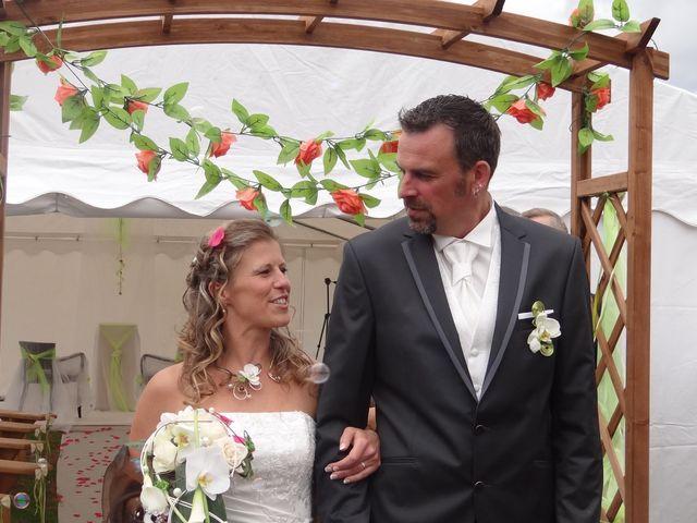 Le mariage de Fabrice et Eugénie à Saint-Maudan, Côtes d'Armor 21