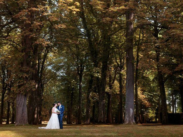 Le mariage de Gary et Sophie à Milly-la-Forêt, Essonne 37