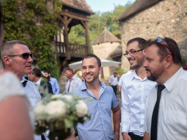 Le mariage de Gary et Sophie à Milly-la-Forêt, Essonne 150