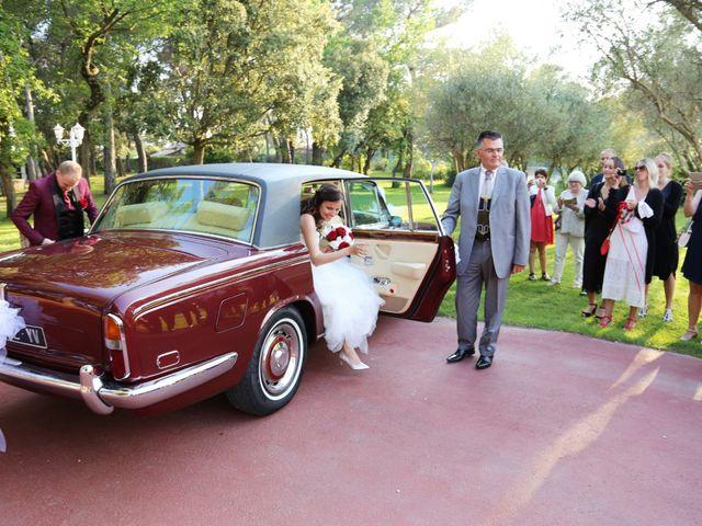 Le mariage de Paul et Elodie à Le Castellet, Var 24