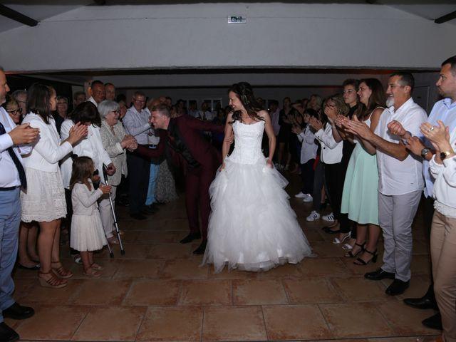 Le mariage de Paul et Elodie à Le Castellet, Var 32