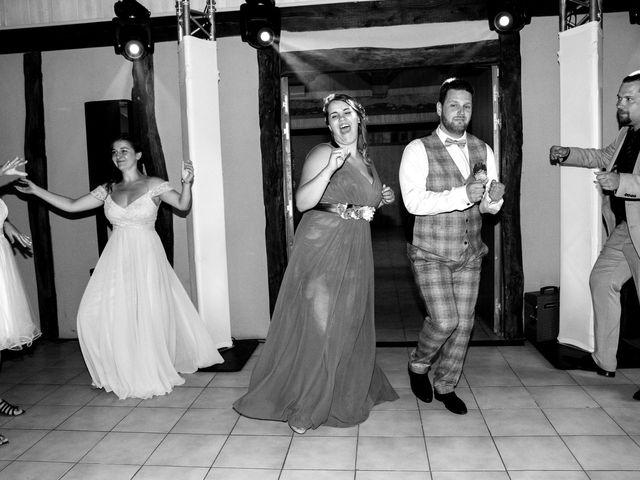 Le mariage de Johan et Lola à Serviès, Tarn 135