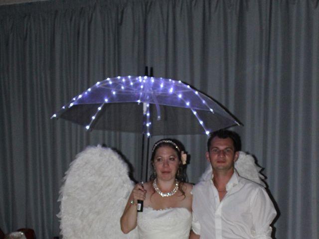 Le mariage de Ludovic et Elodie à Sceaux-sur-Huisne, Sarthe 10