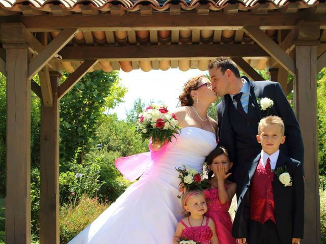 Le mariage de Aurélien et Cécile à Upie, Drôme 4